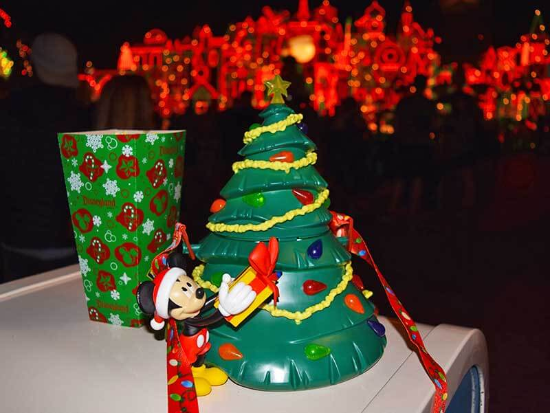 Our Guide to the Yummiest Holiday Treats and Foods at Disneyland - Popcorn Tree