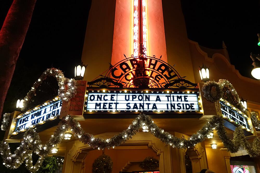 Hollywood Studios Flurry of Fun - Meet Santa