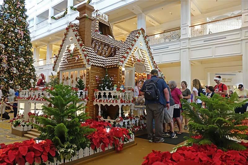 Disney World Resort Christmas Decorations - Grand Floridian Bake Shop