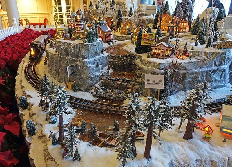 Disney World Resort Christmas Decorations - Yacht Club's Miniature Train