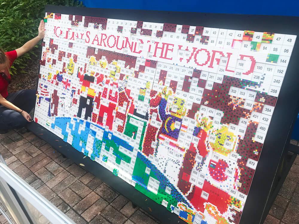 LEGOLAND Florida Christmas Bricktacular - Mosaic