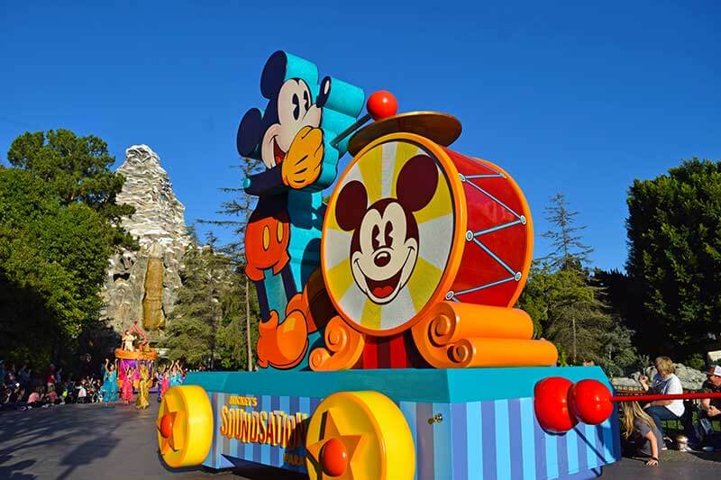 Mickey's Soundsational Parade Is Back!