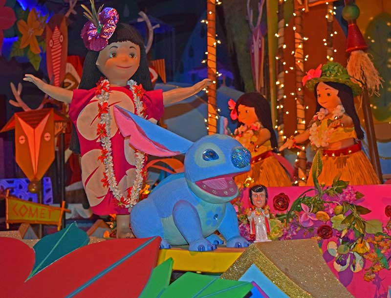 Stitch in it's a small world - Disneyland Hidden Gems