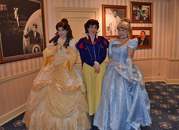 Disneyland Rainy Day Tips - Indoor Princesses