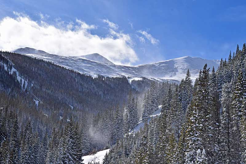 How to Prevent Altitude Sickness Before Your Ski Trip