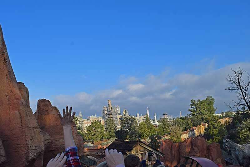 Star Wars: Galaxy's Edge Disneyland - Construction Over Big Thunder Mountain Railroad