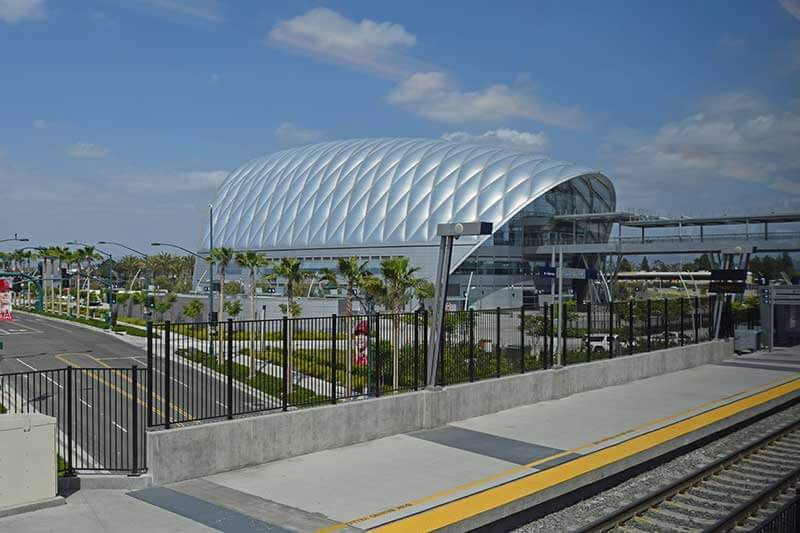Tips for Visiting Los Angeles with Kids - Train Station