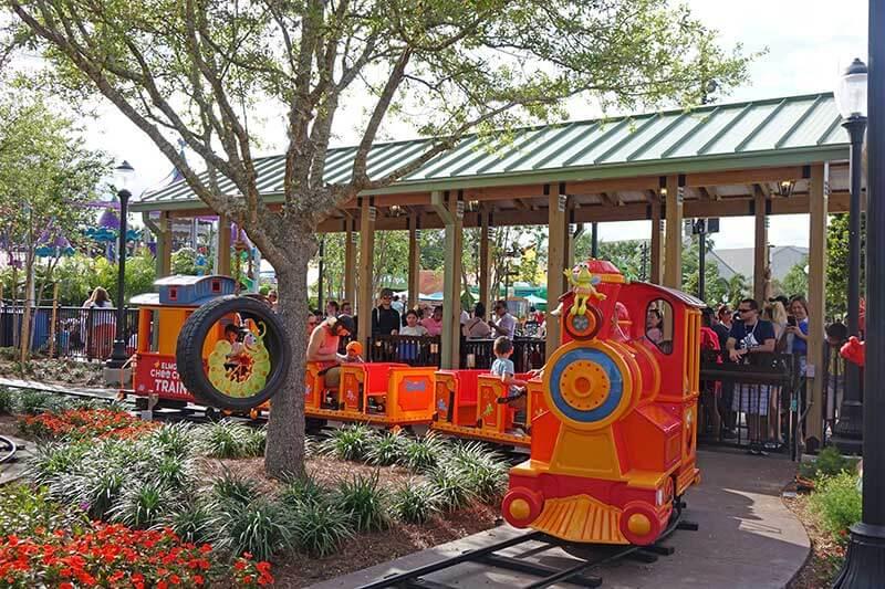 Sesame Street at SeaWorld Orlando - Elmo's Choo Choo Train