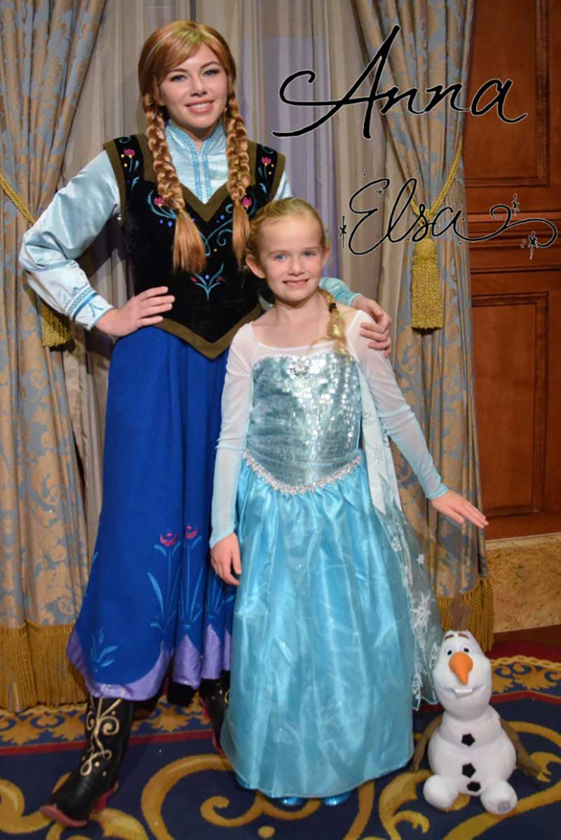 PhotoPass Pros and Cons - Meeting Anna and Elsa