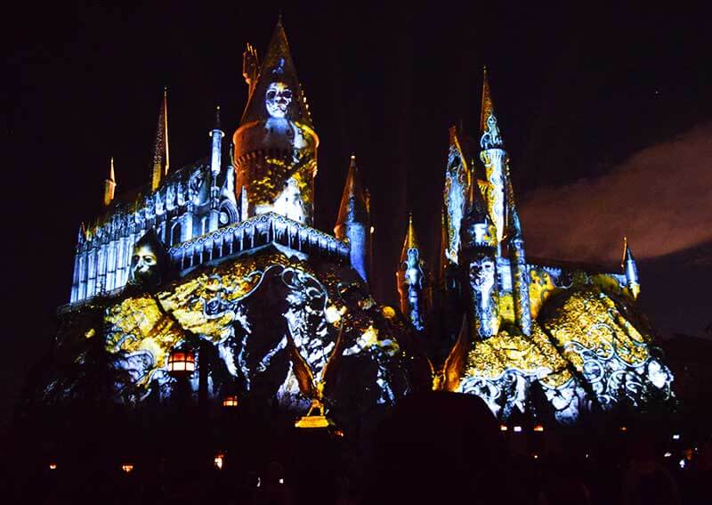 Best viewing Dark Arts at Hogwarts - Faces on the Castle