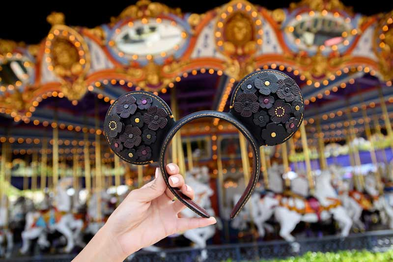 Disney Parks Designer Collection - Designer Mickey Ears