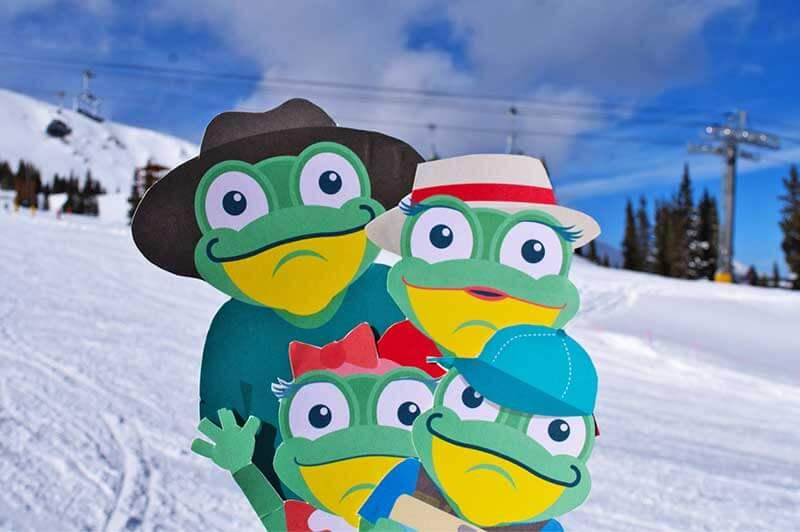 Ways to Save on a Colorado Ski Trip-frog family