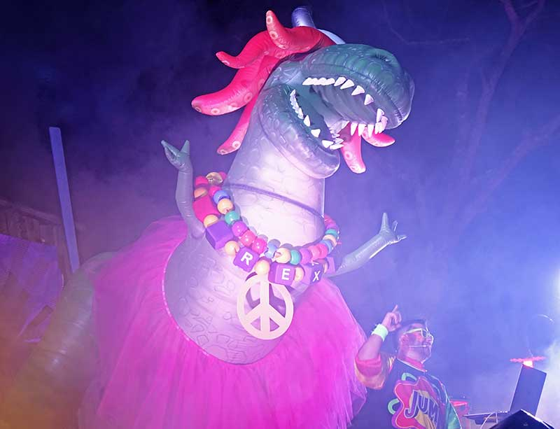 H2O Glow Nights - DJ and Partysaurus Rex