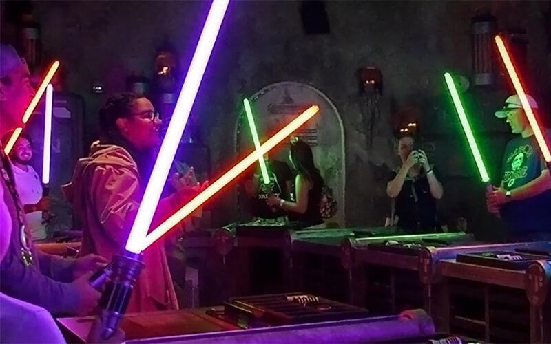 Savi's Workshop - Lightsabers Come to Life