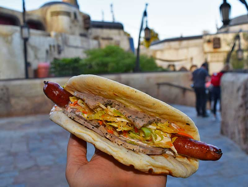 Galactic Guide to Star Wars: Galaxy's Edge Food and Drink