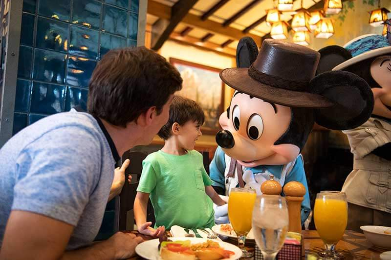 Benefit of Staying at a Disneyland Resort Hotel - Mickey's Breakfast Adventures at Storytellers Cafe