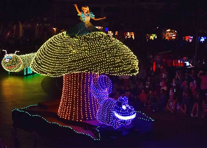 Best Viewing of the Main Street Electrical Parade at Disneyland