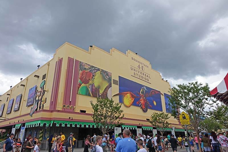 Rainy Day at Universal Orlando - Shrek 4-D