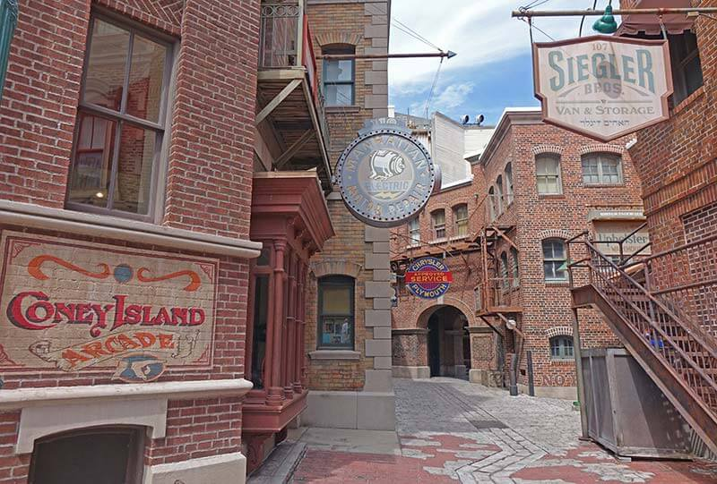 Sensory Breaks at Universal Orlando - New York Alleyways