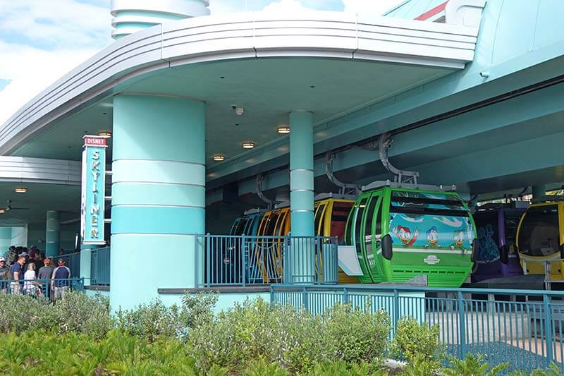 Disney Skyliner - Hollywood Studios Station