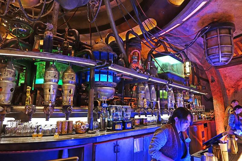 How to Make Oga's Cantina Reservations at Disney World