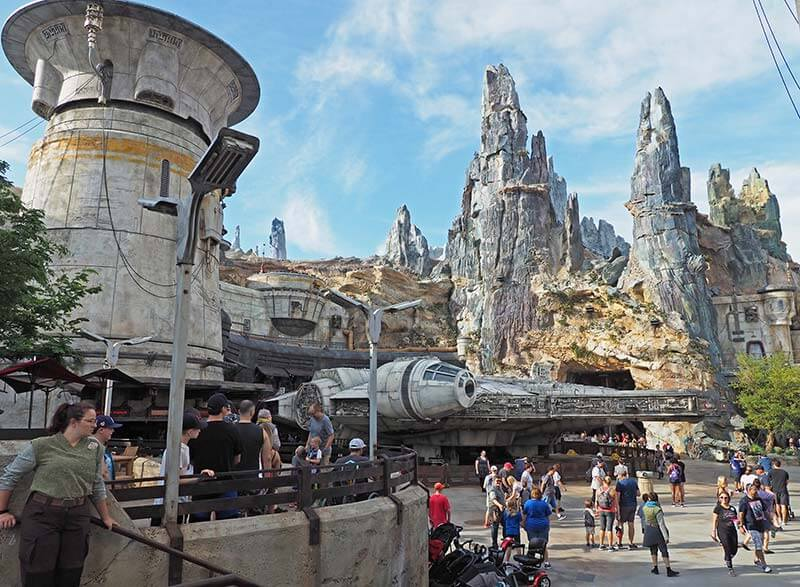Our Galactic Guide to Star Wars: Galaxy's Edge at Disney World