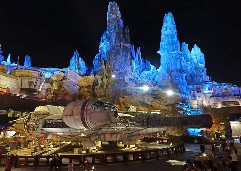 Star Wars: Galaxy's Edge at Disney World at night