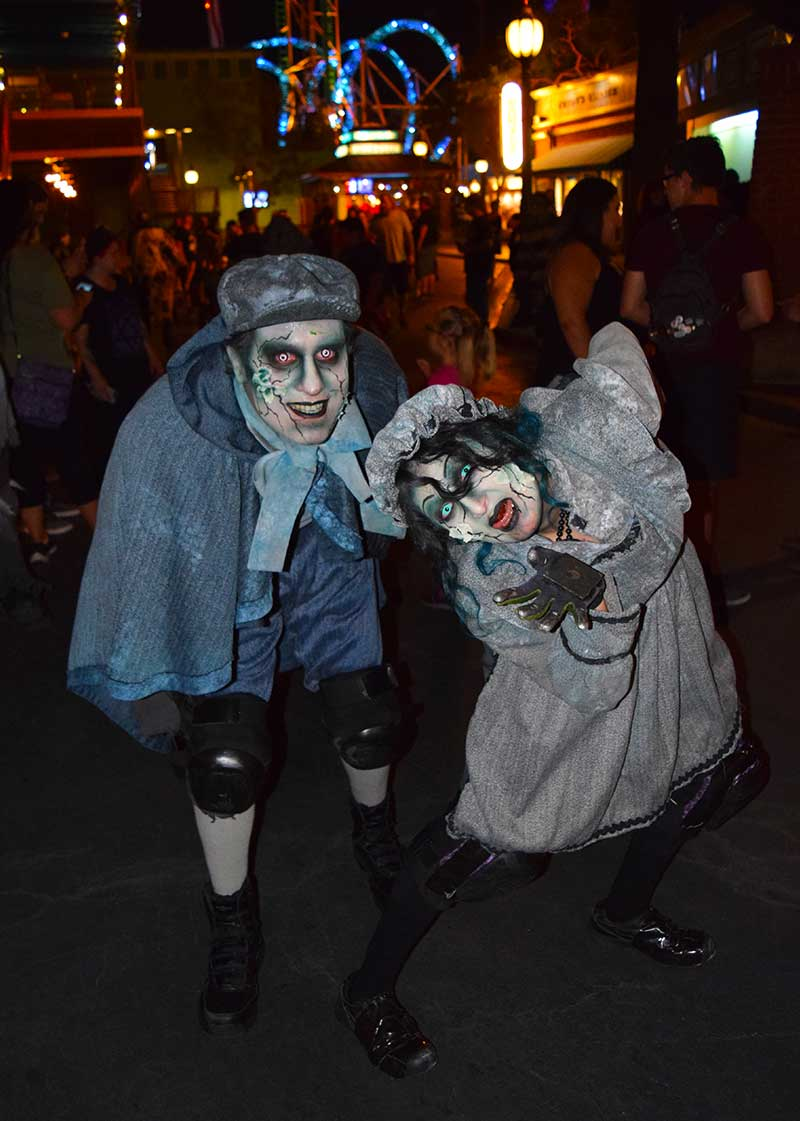 Knott's Scary Farm 2019 Survival Guide - Forsaken