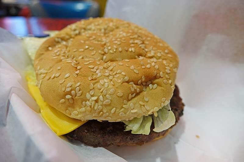 Mobile Ordering at Universal Orlando - Mel's Cheeseburger