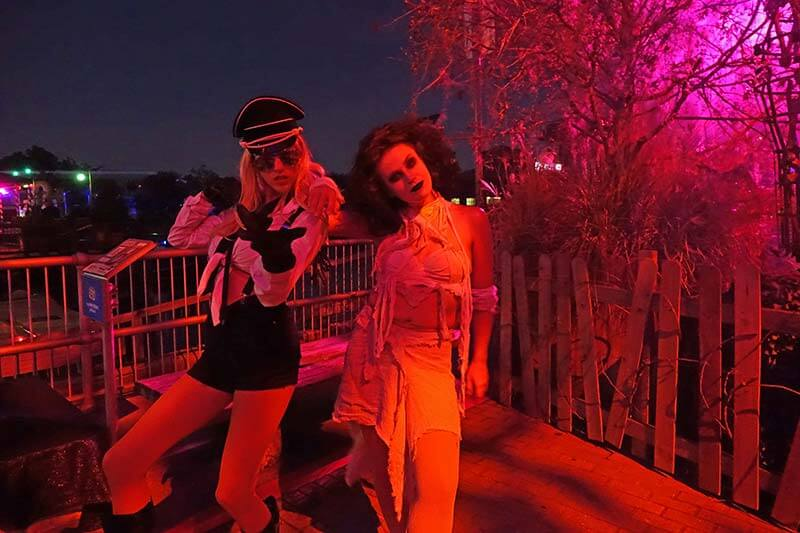 Halloween Horror Nights Orlando - Rob Zombie Scare Zone