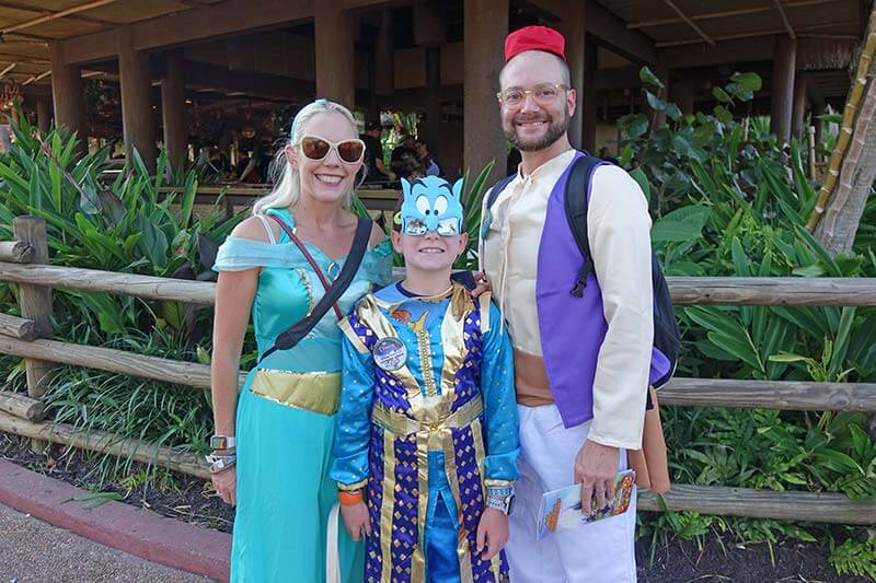 Mickey's Not So Scary Halloween Party - Aladdin Family