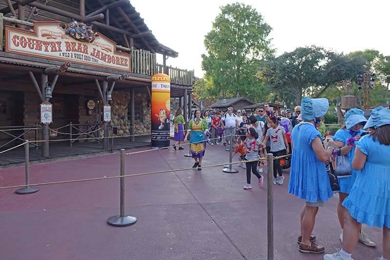 Mickey's Not So Scary Halloween Party - Country Bear Jamboree Treat Trail