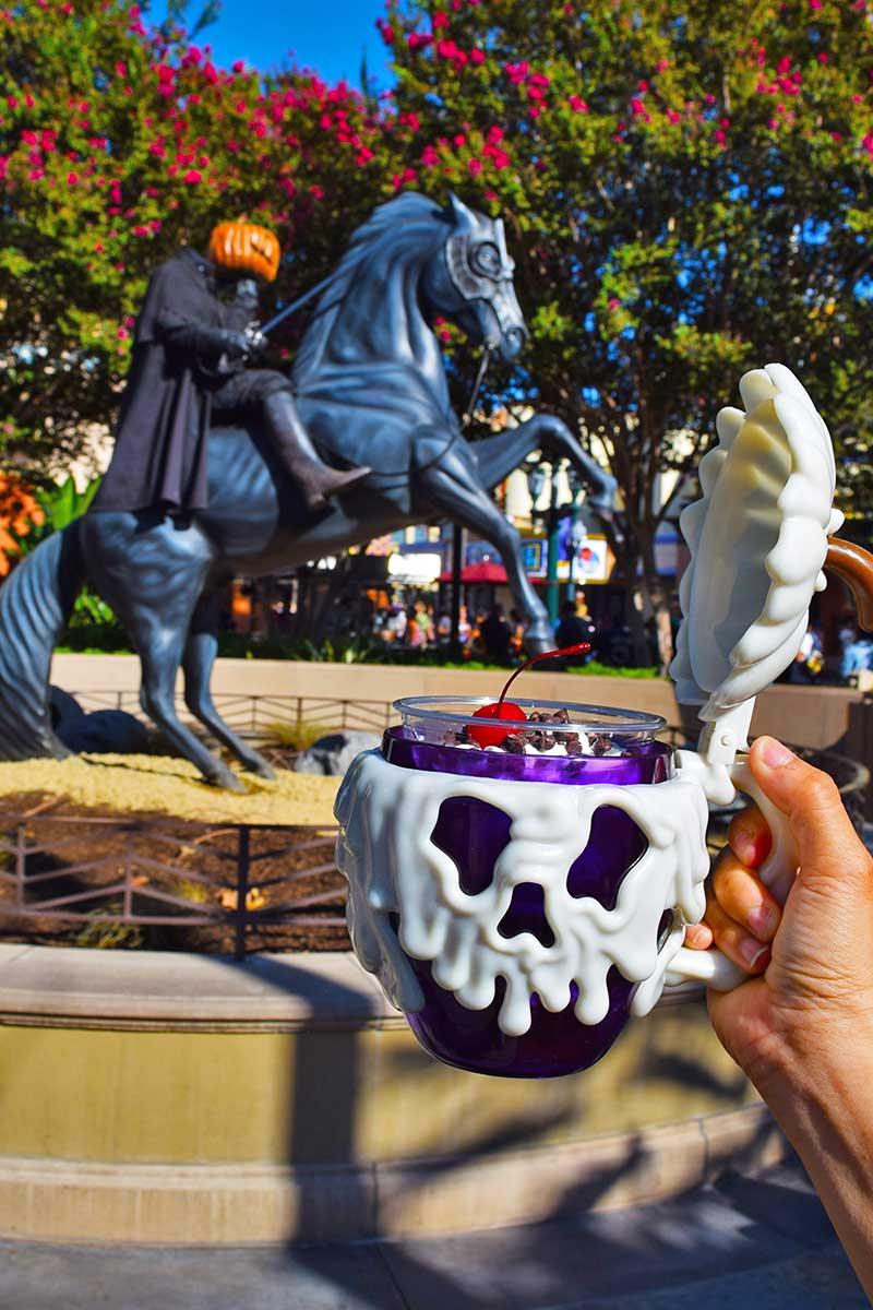 Foodie Guide to Disneyland Halloween Time Treats 2019-stein
