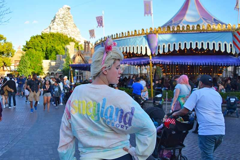 Tips for Going to Disneyland with Teens and Tweens - Pose Near King Arthur's Carrousel