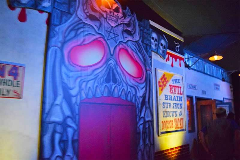Halloween Horror Nights Hollywood Survival Guide-Corpses