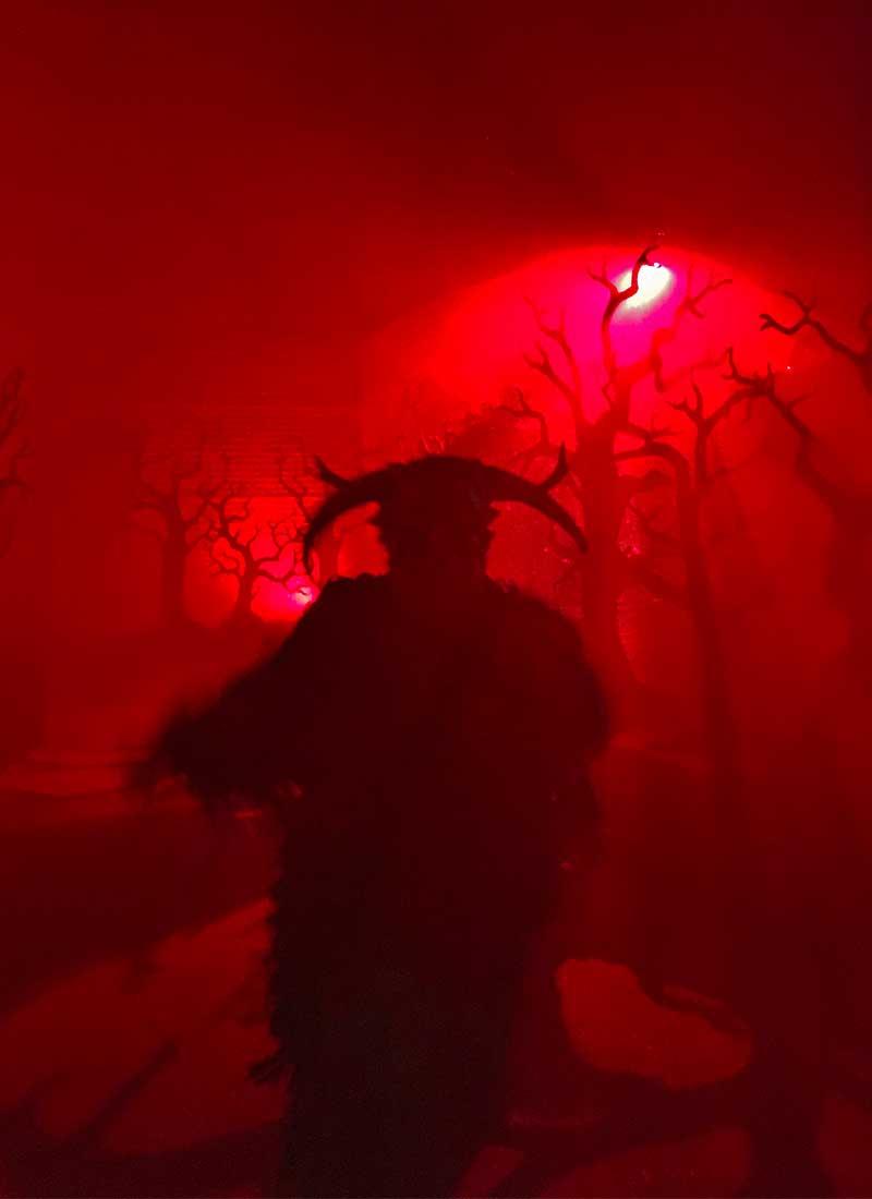 Halloween Horror Nights Hollywood Survival Guide_evil