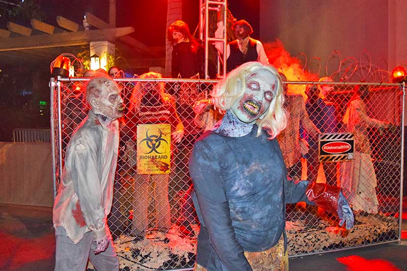 Halloween Horror Nights Hollywood Survival Guide-zombie