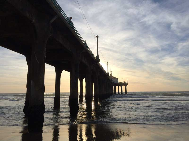 A Day in Manhattan Beach: Navigating the Beach Town with Kids