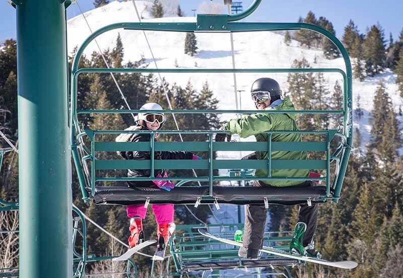 The Best Ways to Save on Flights to Utah Ski Resorts - Gondola