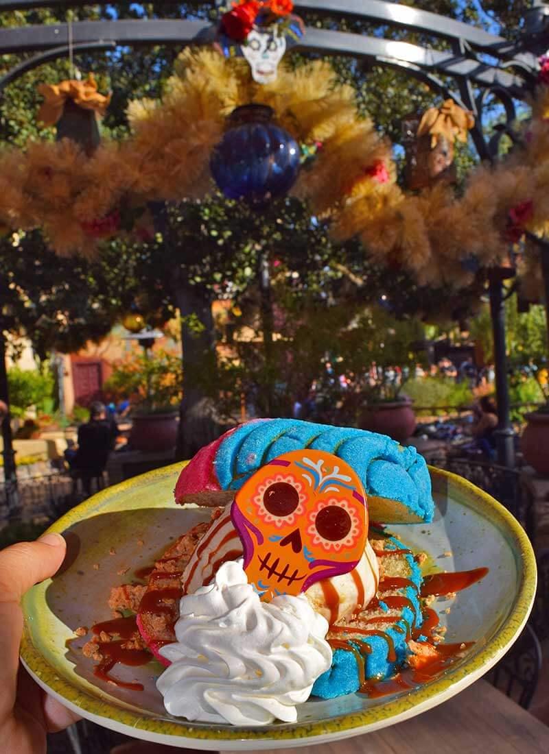 Foodie Guide to Disneyland Halloween Time Treats 2019 - Pan Dulce