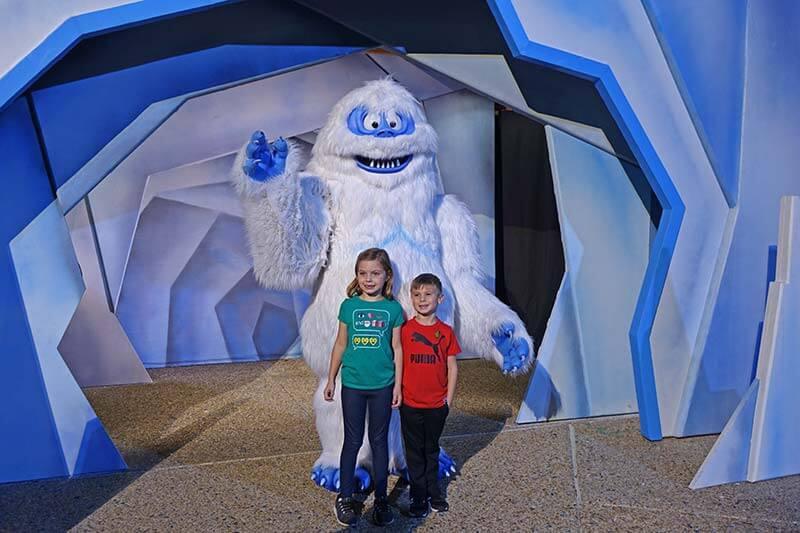SeaWorld Christmas Celebration - Bumble Meet and Greet