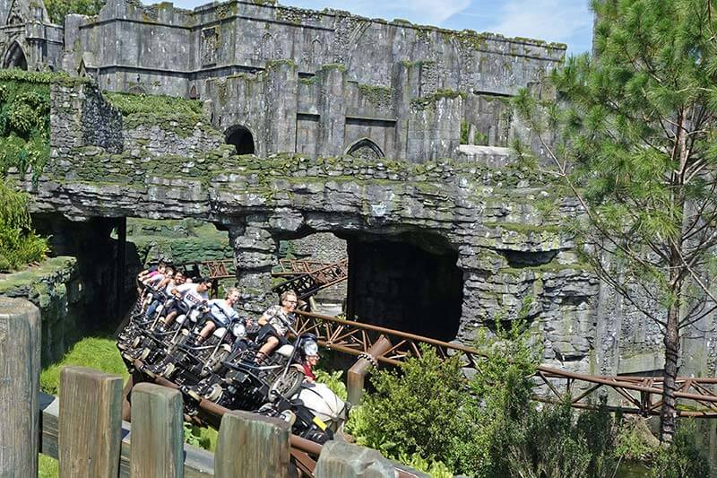 Best Theme Parks in Orlando - Hagrid's Magical Creatures Motorbike Adventure