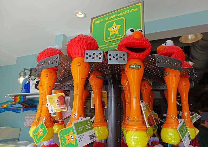 Interactive Experiences at Sesame Street - Elmo Wands