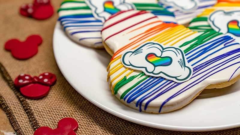 Rainbow Disney Collection - Disneyland Resort Cookie