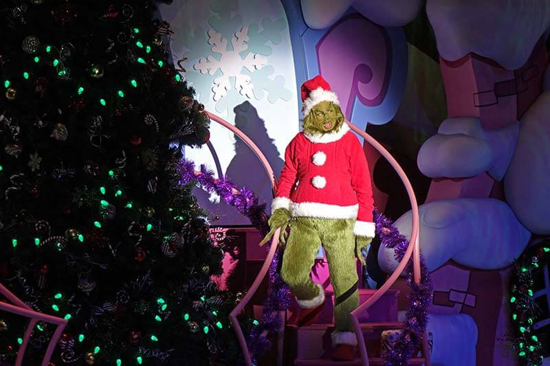 Universal Studios Christmas - The Grinch