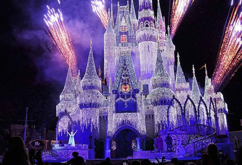 Mickey's Very Merry Christmas Party - A Frozen Holiday Wish