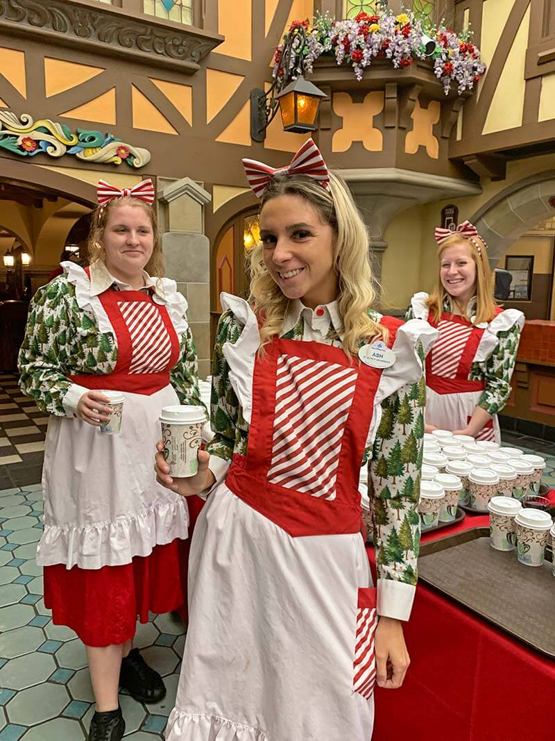 Mickey's Very Merry Christmas Party - Holiday Treats at Pinocchio Village Haus