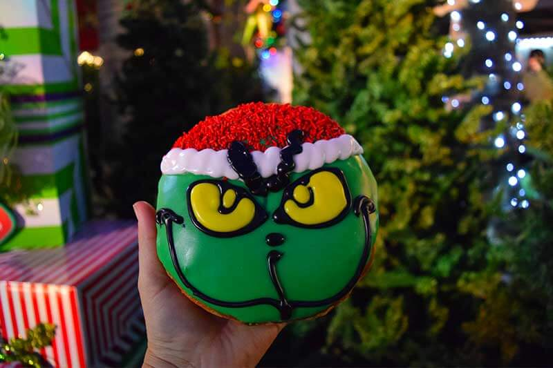 Guide to Christmas at Universal Studios Hollywood 2019 - Doughnut