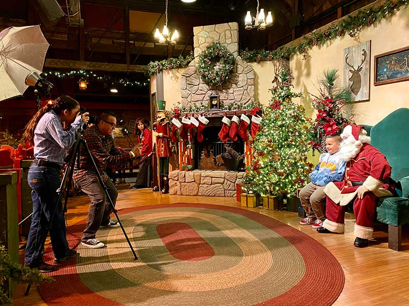 A ~Froggy~ Festive Guide to Knott's Merry Farm