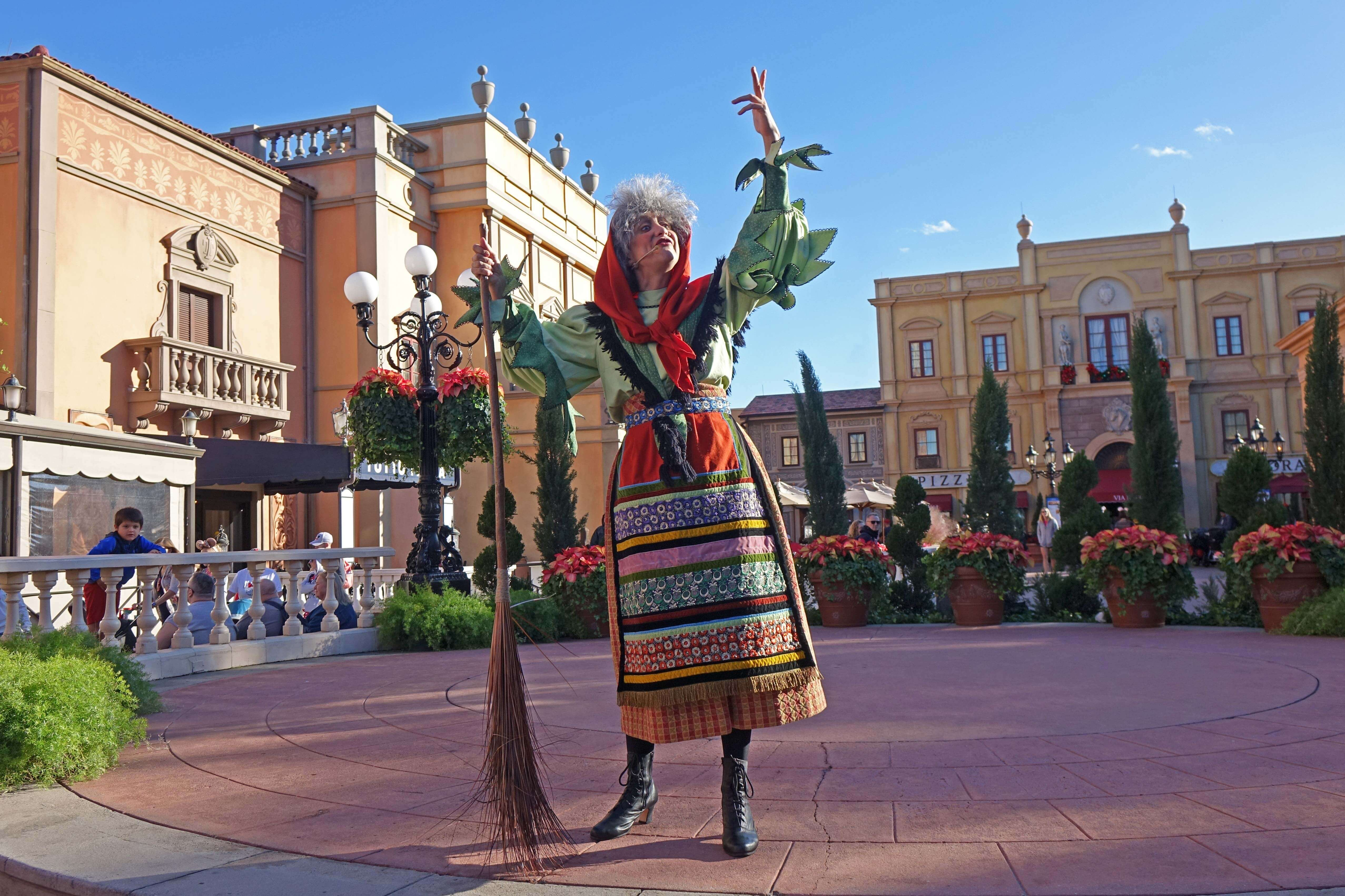 Epcot International Festival of the Holidays - Italy Holiday Storyteller